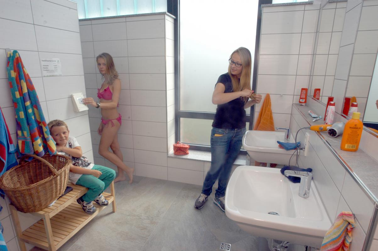 Sanitärhaus-Fliederweg-Mietbad